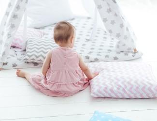 Quarto montessoriano estimula a independência do bebê